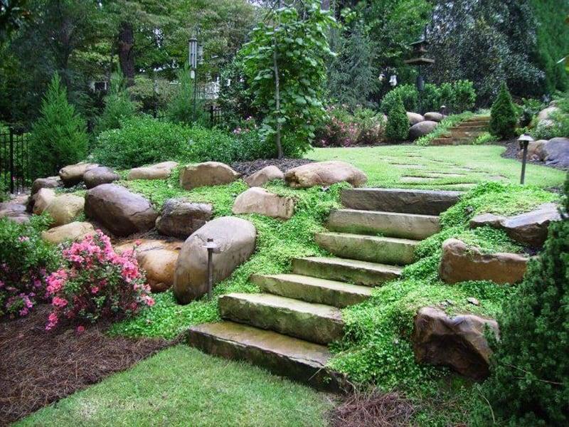 sloped garden ideas photo - 2