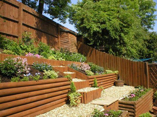sloped garden ideas photo - 7