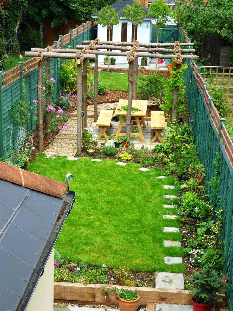 small sloped garden ideas photo - 5