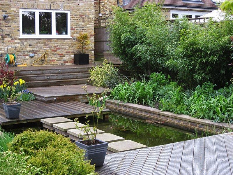 small sloped garden ideas photo - 6