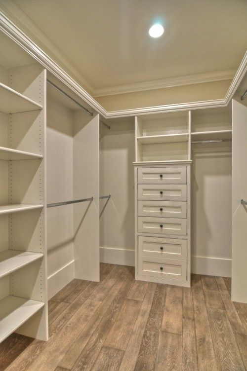 Charmant Small Walk In Closet Design Layout Photo   2