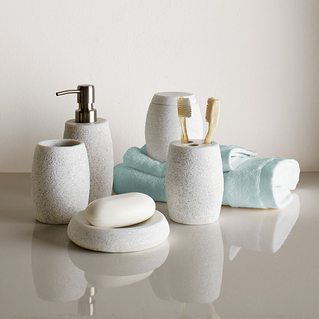 spa bathroom supplies photo - 2