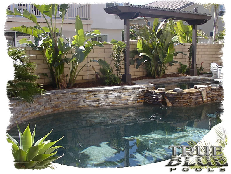 swimming pool designs small yards photo - 9