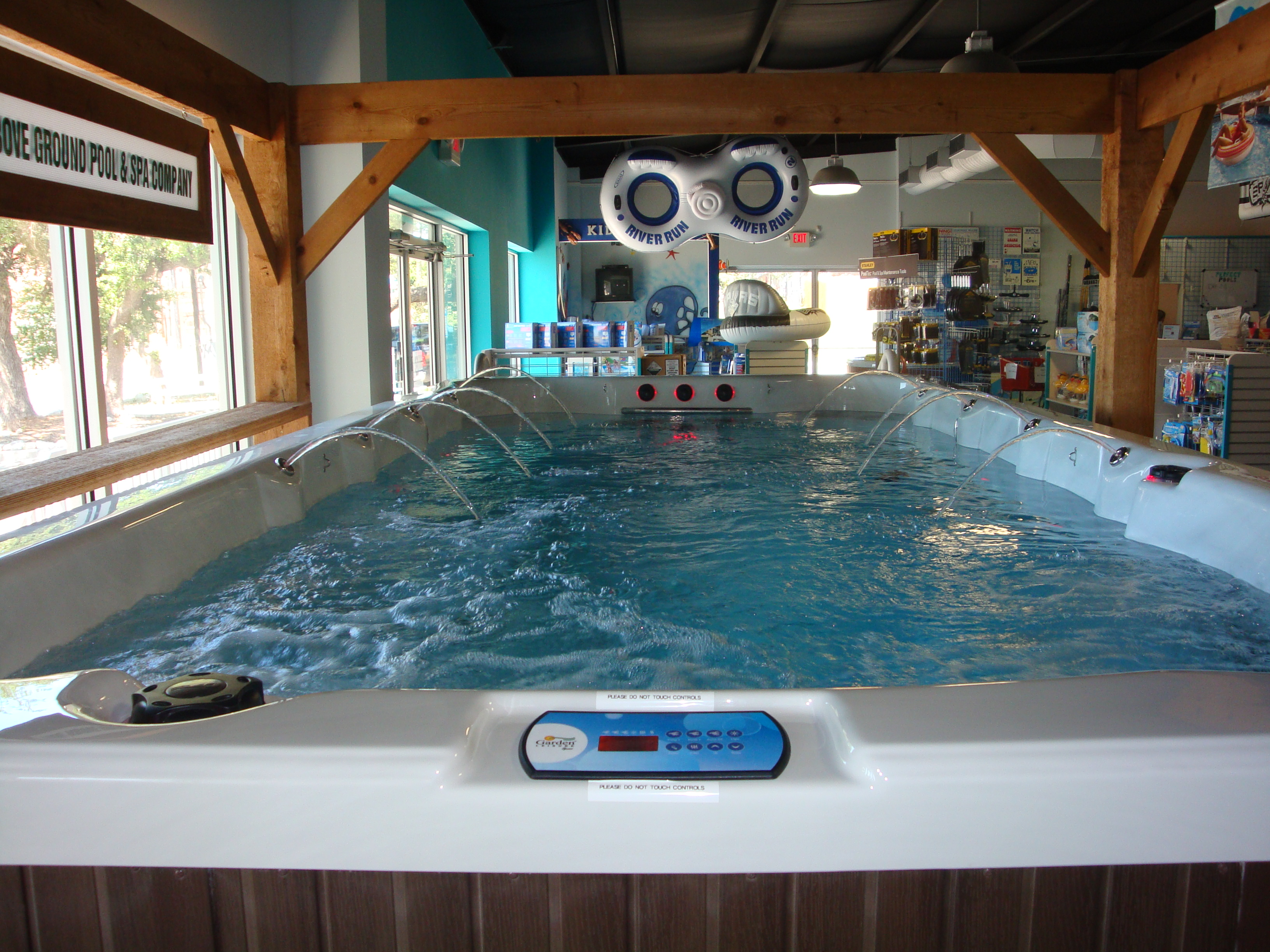 swimming pool designs with spa photo - 7