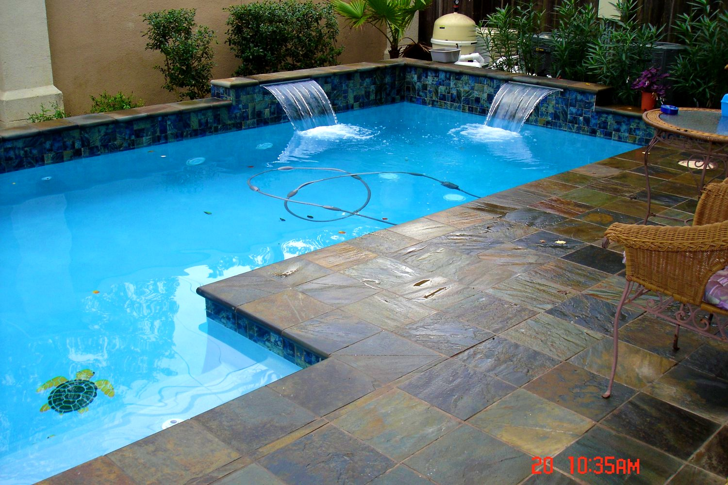 swimming pool designs with spa photo - 9