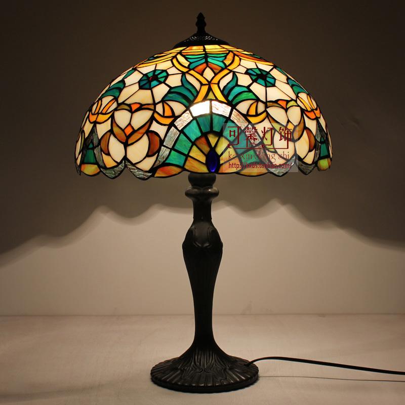 tiffany bedroom lamp photo - 2