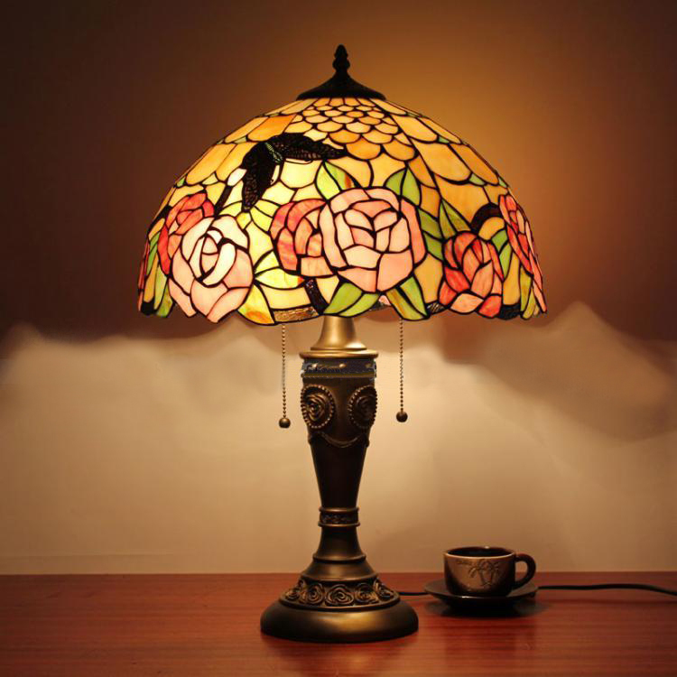 tiffany bedroom lamp photo - 4