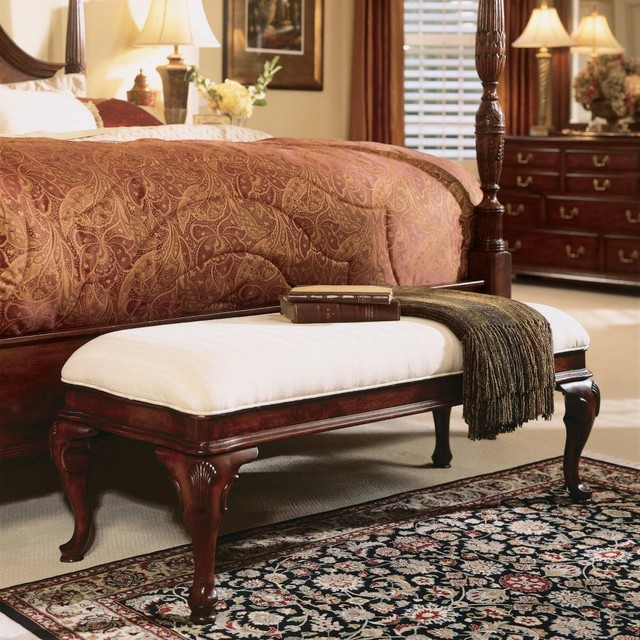 traditional bedroom benches photo - 6
