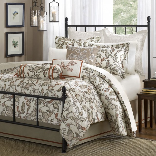 traditional bedroom comforter sets photo - 5