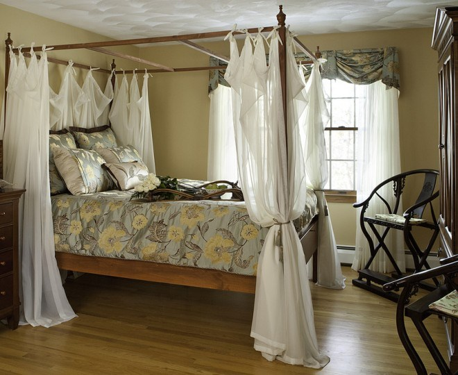 traditional bedroom curtain ideas photo - 7