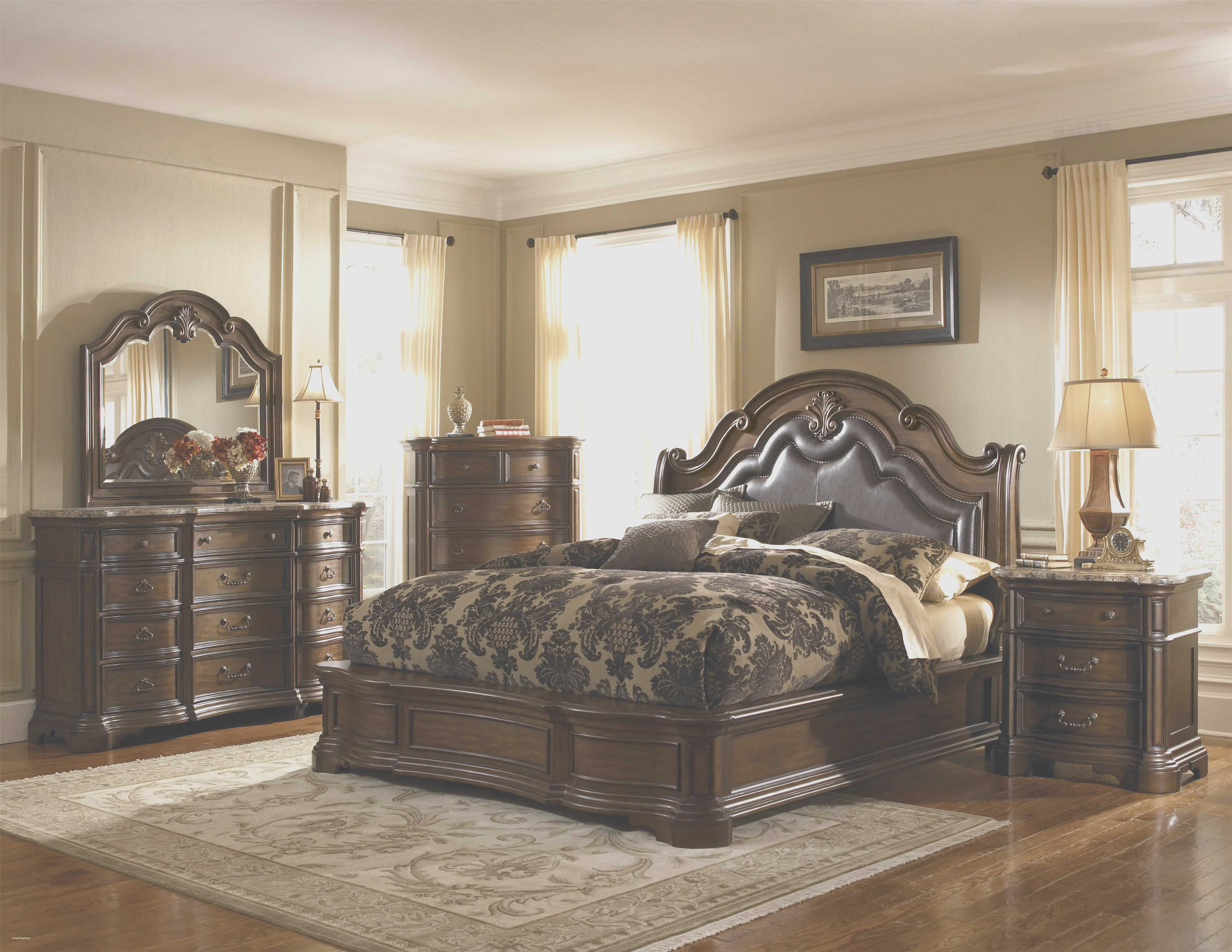 traditional designer bedroom furniture photo - 3