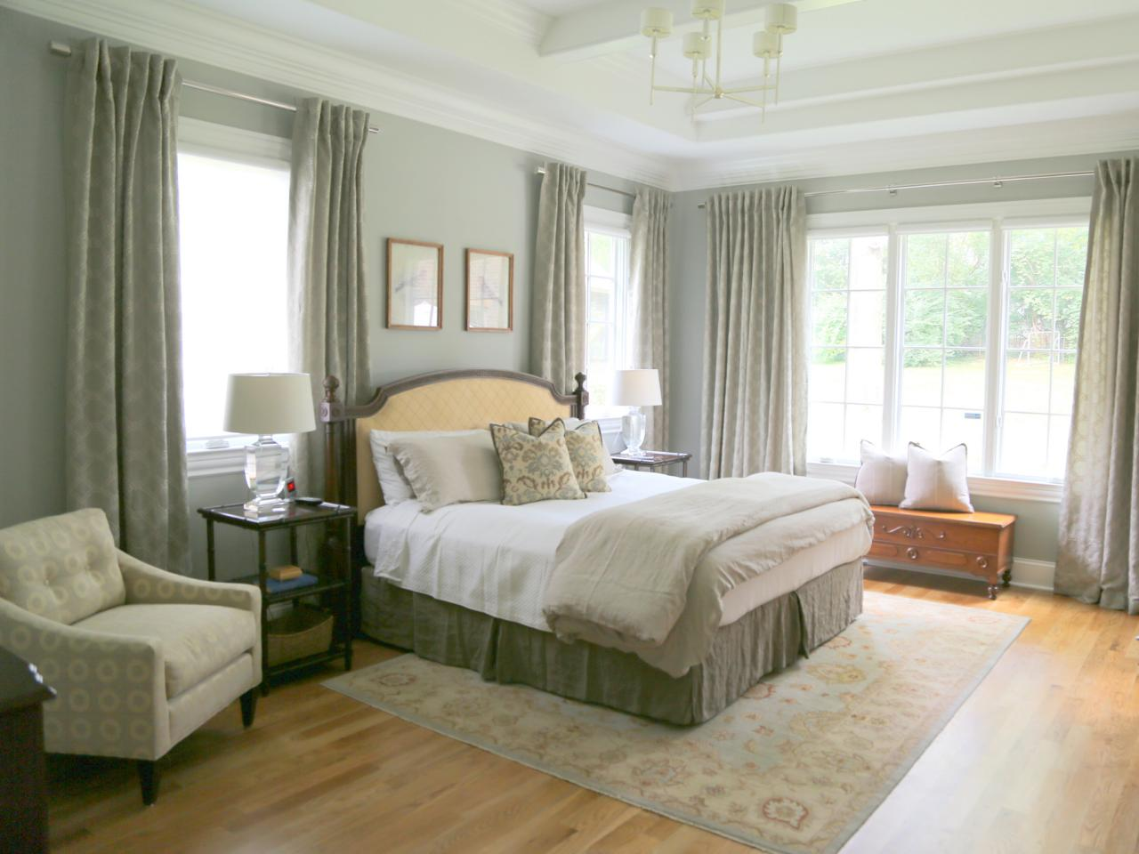 traditional green bedroom photo - 2