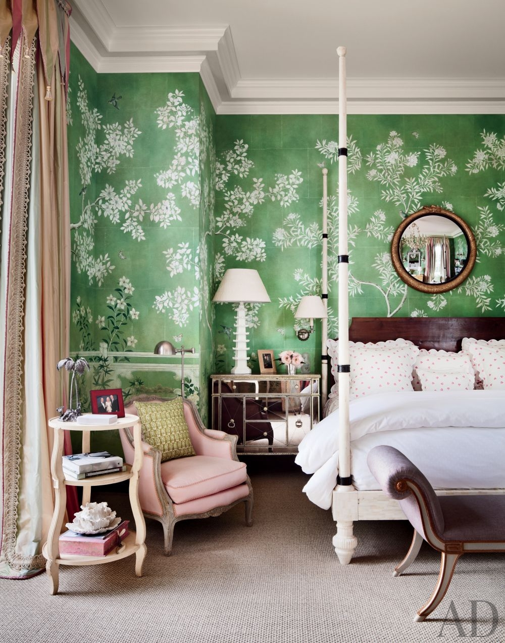 traditional green bedroom photo - 7