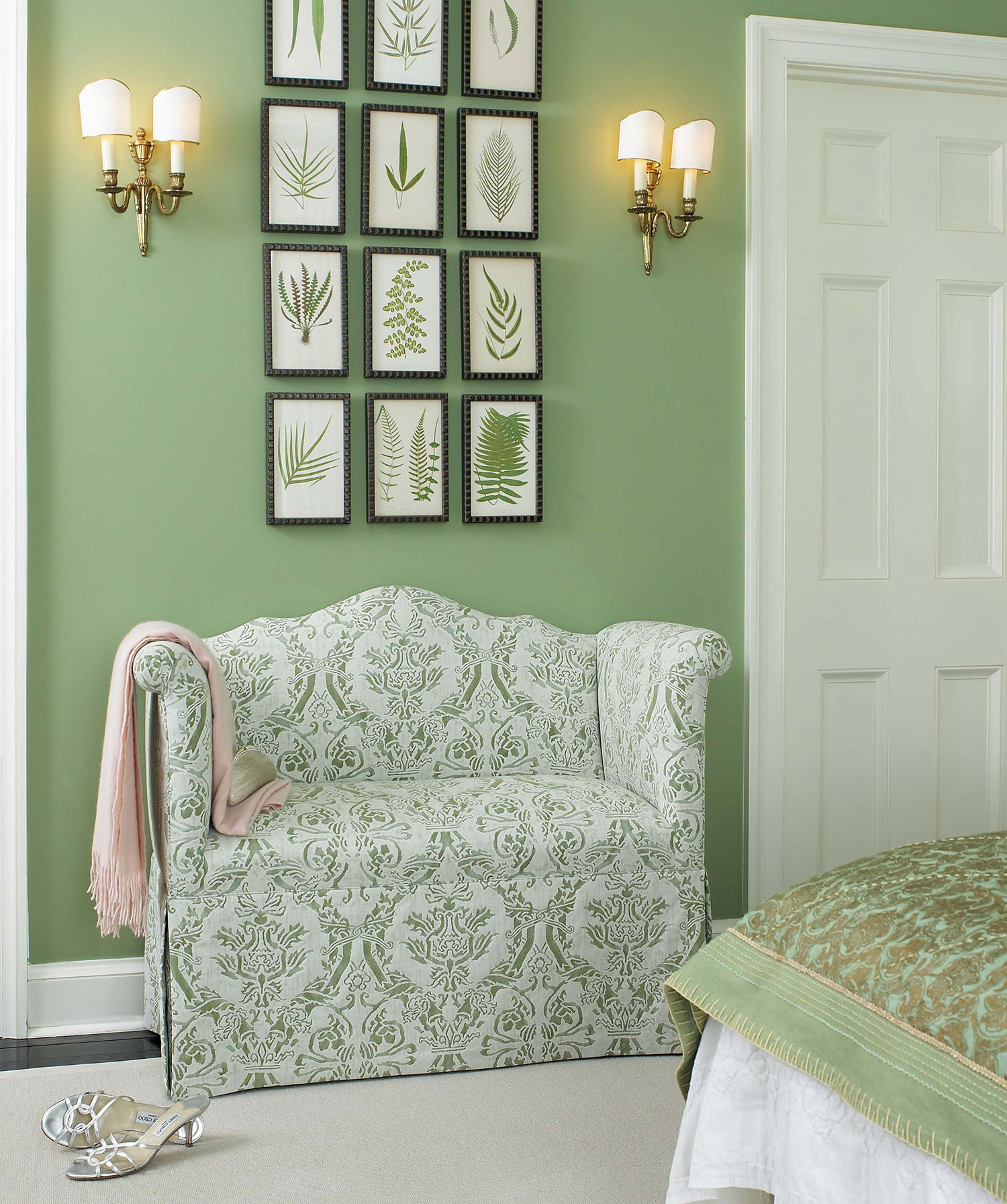traditional green bedroom photo - 8