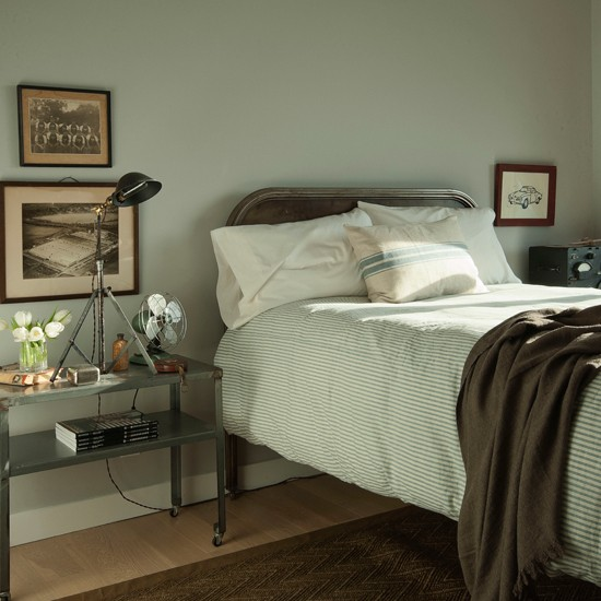 traditional green bedroom photo - 9