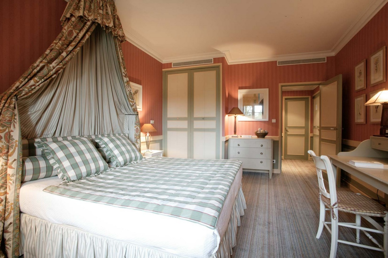 traditional home bedroom designs photo - 9