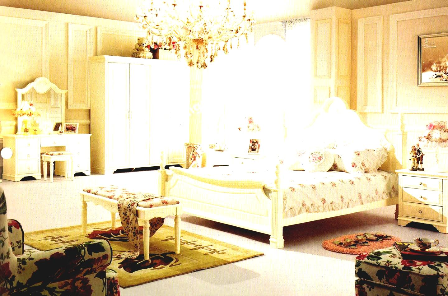 traditional modern bedroom decorating photo - 10