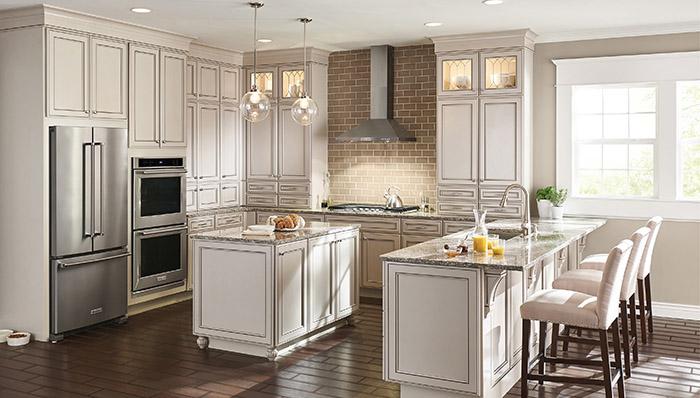 typical u shaped kitchen photo - 7
