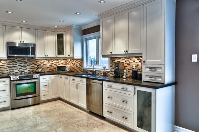 typical u shaped kitchen photo - 8