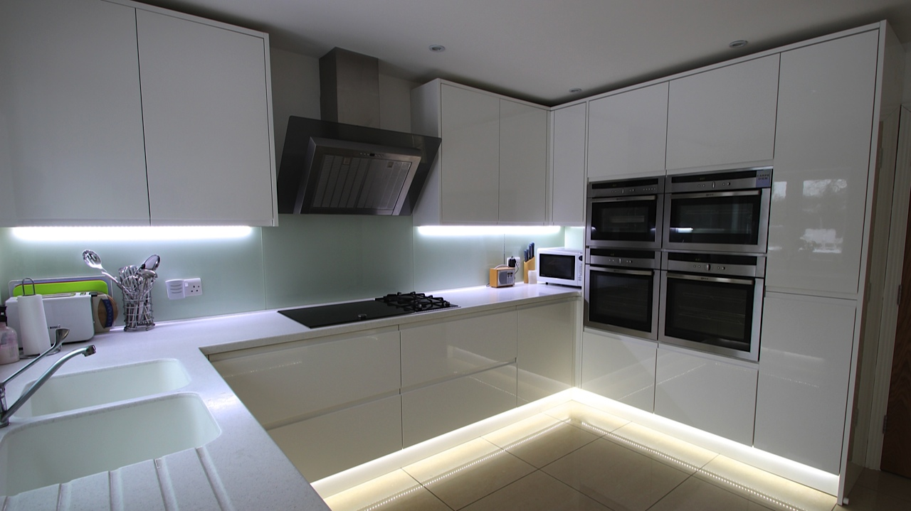 U Shaped Kitchen Cabinet Design Photo   10
