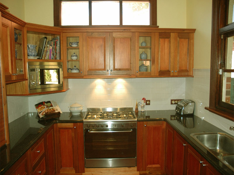 U Shaped Kitchen Cabinet Design Photo   2