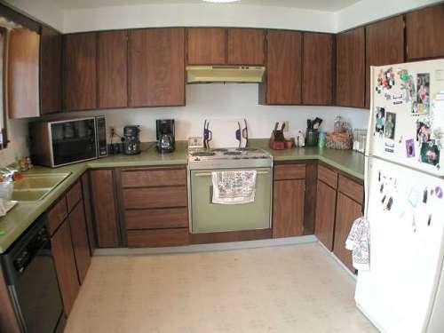 u shaped kitchen cabinet design photo - 6
