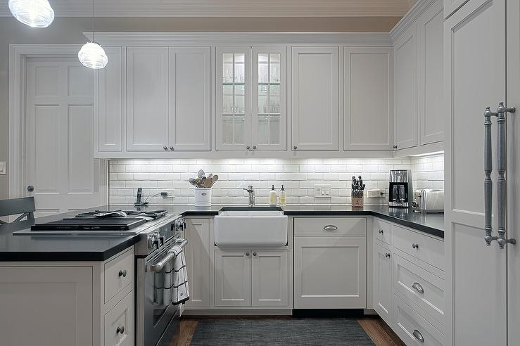 u shaped kitchen cabinets photo - 2