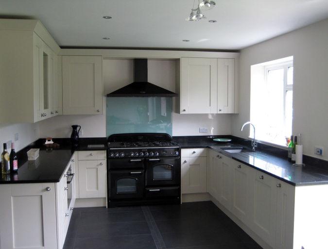 u shaped kitchen cabinets photo - 7