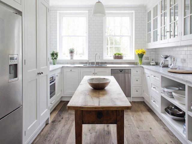 u shaped kitchen counter photo - 4