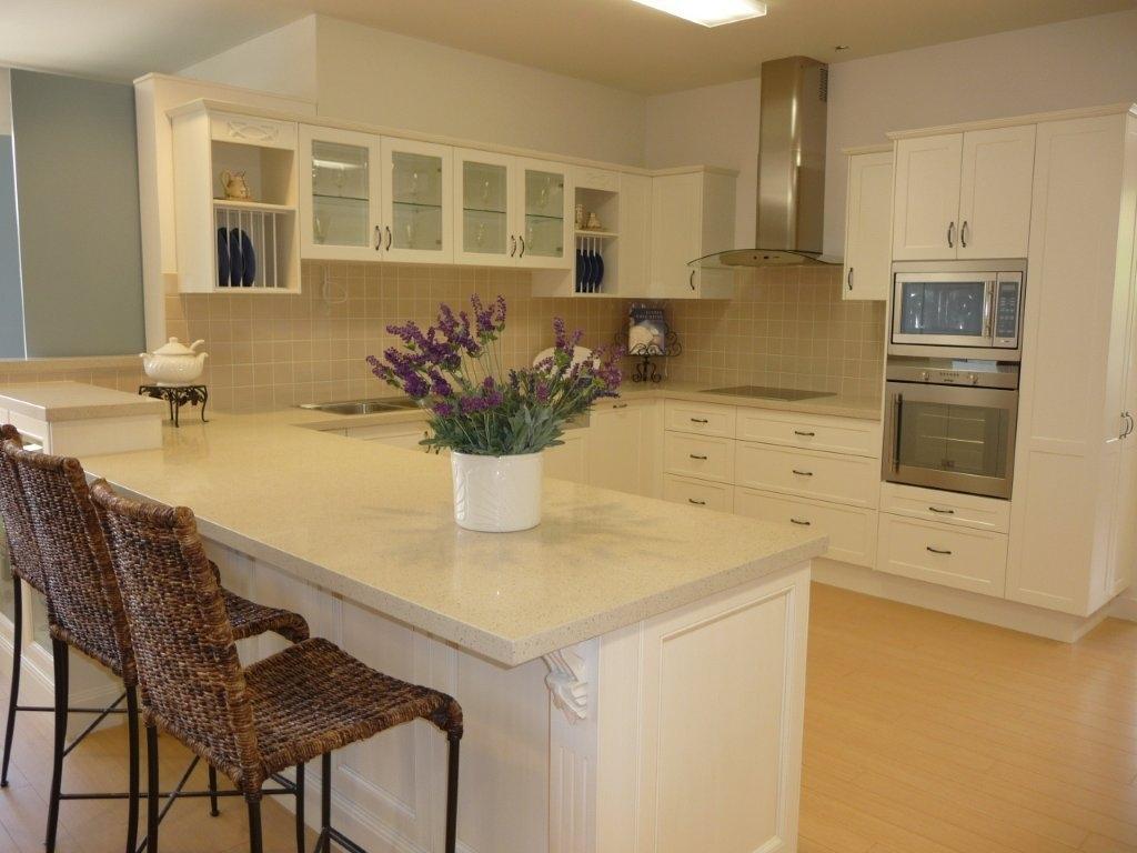 U Shaped Kitchen Designs With Breakfast Bar Hawk Haven