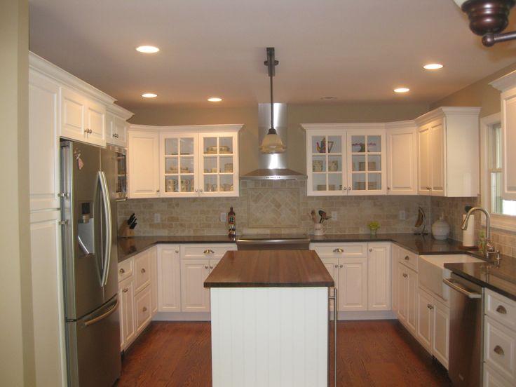 u shaped kitchen island photo - 3