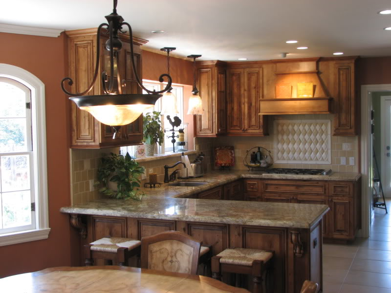 U Shaped Kitchen Layouts With Island Photo   2