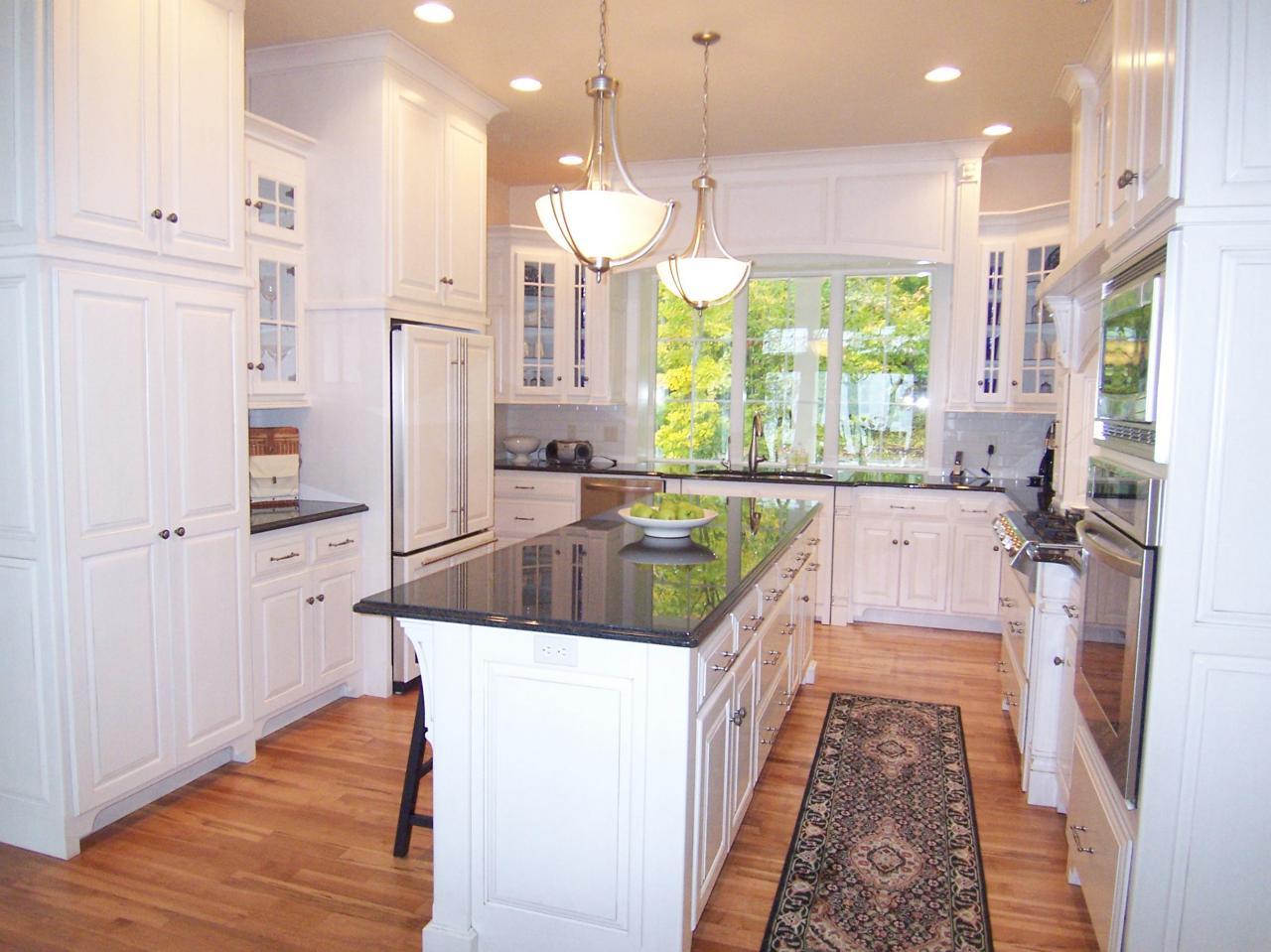 u shaped kitchen layouts with island photo - 4