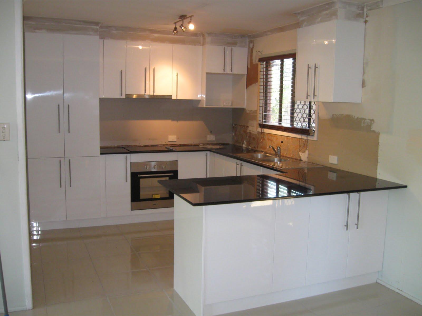 u shaped kitchen small photo - 6
