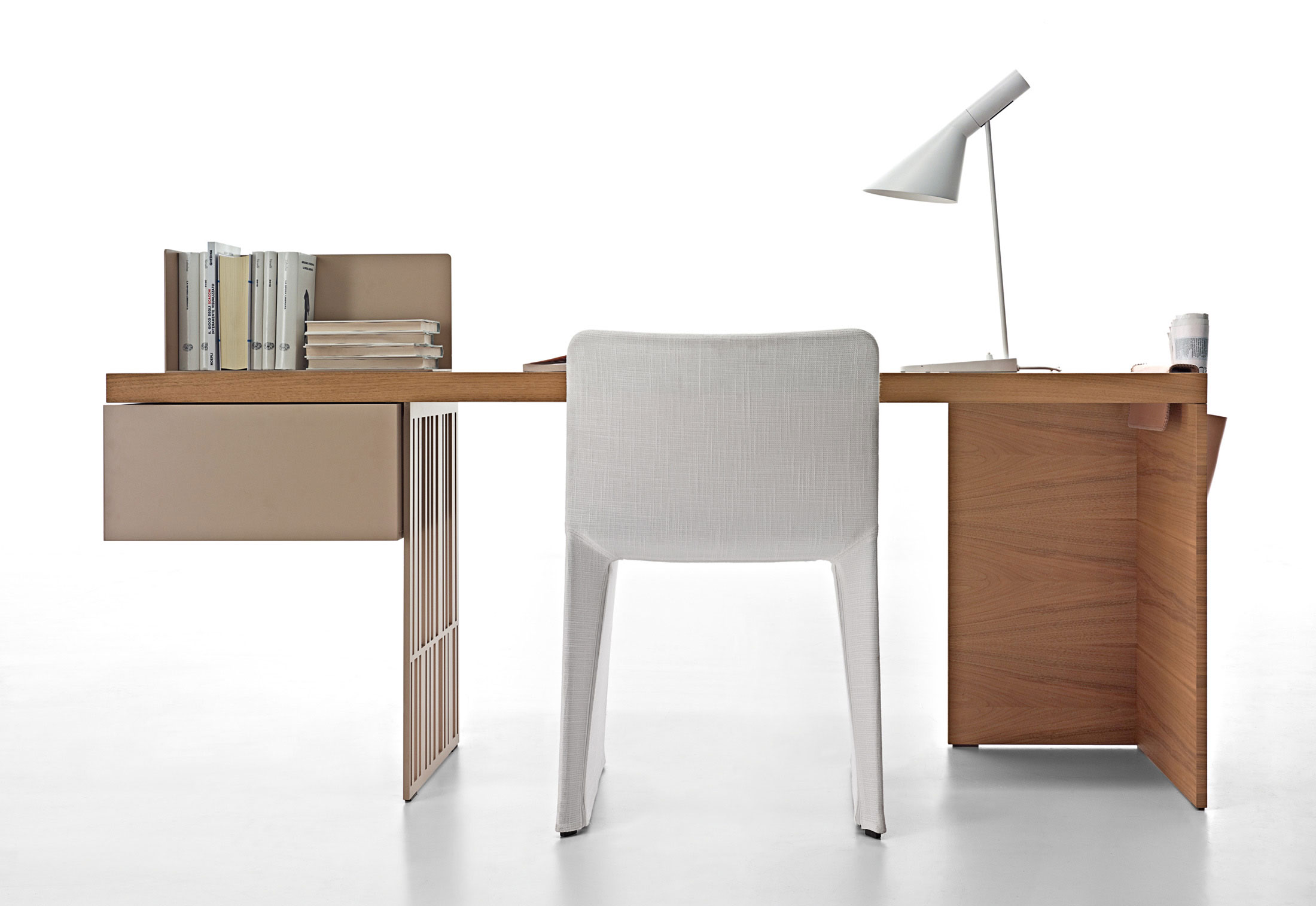 unique office desk ideas photo - 6