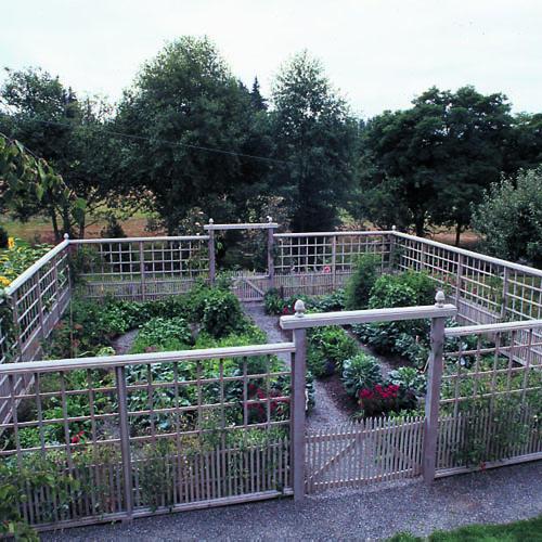 Vegetable Garden Fence Design Photo   2