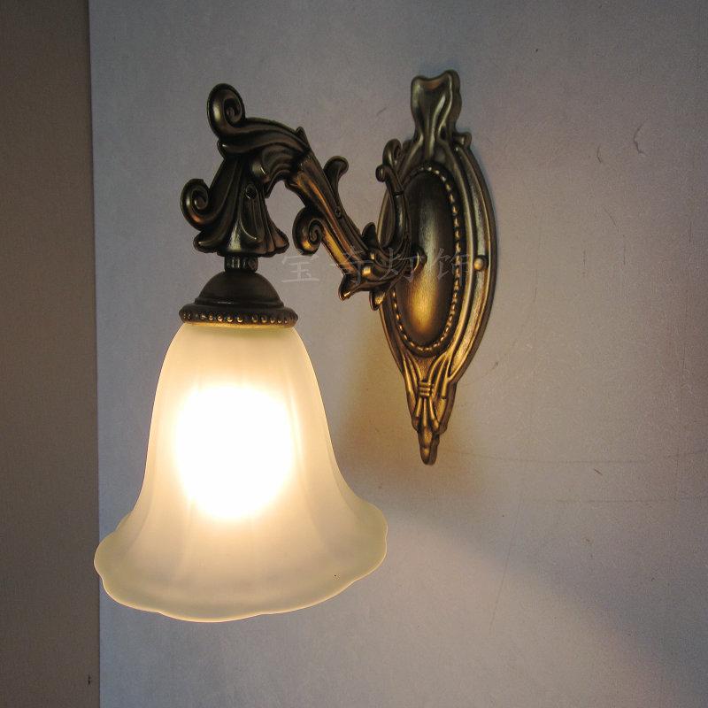 vintage bedroom lamp photo - 6