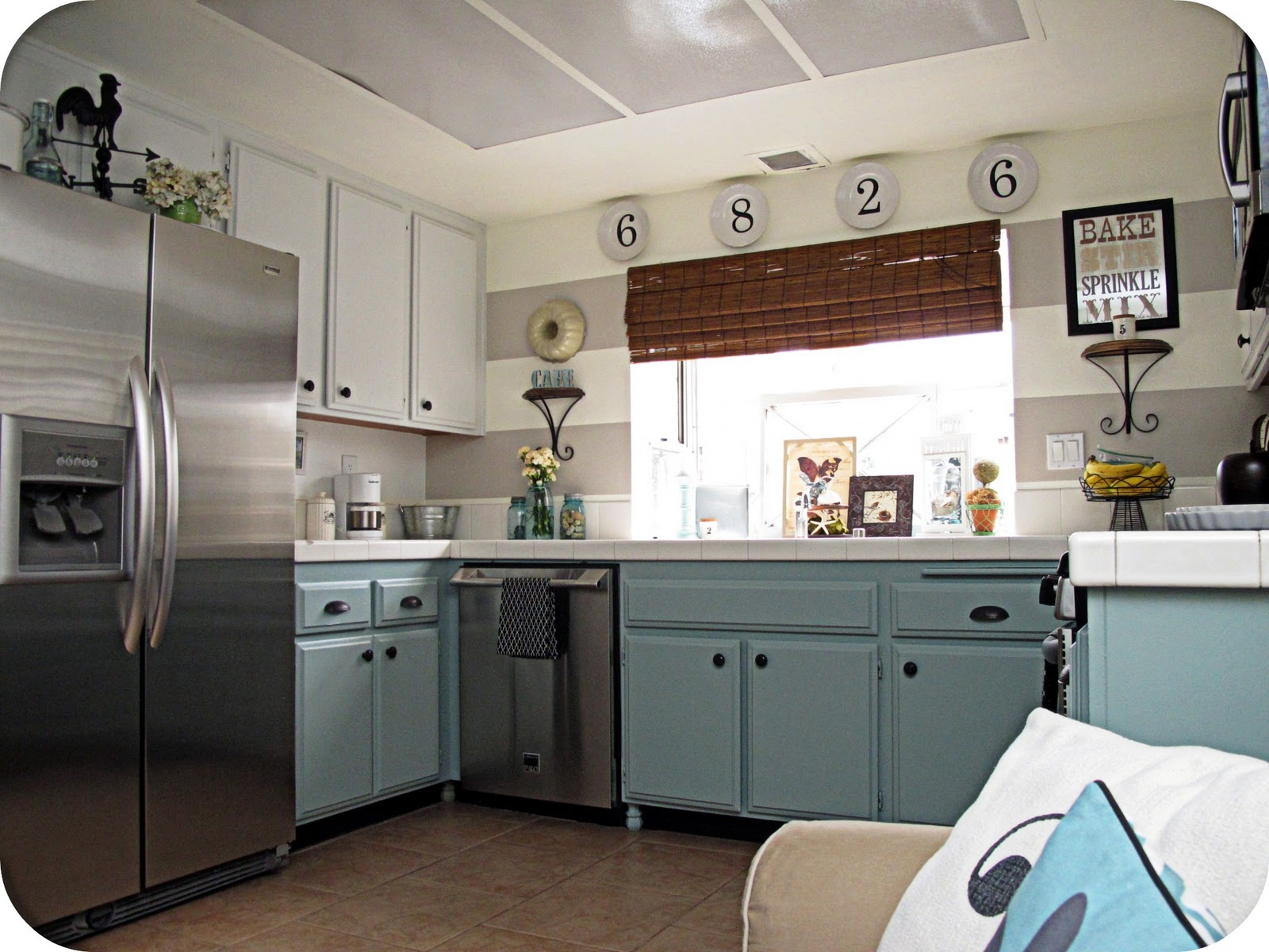 vintage country kitchen design photo - 8