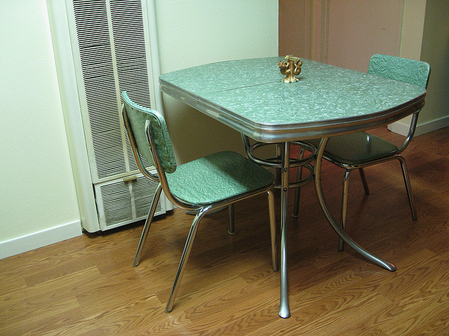 vintage kitchen table photo - 10