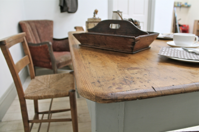 vintage painted kitchen tables photo - 8
