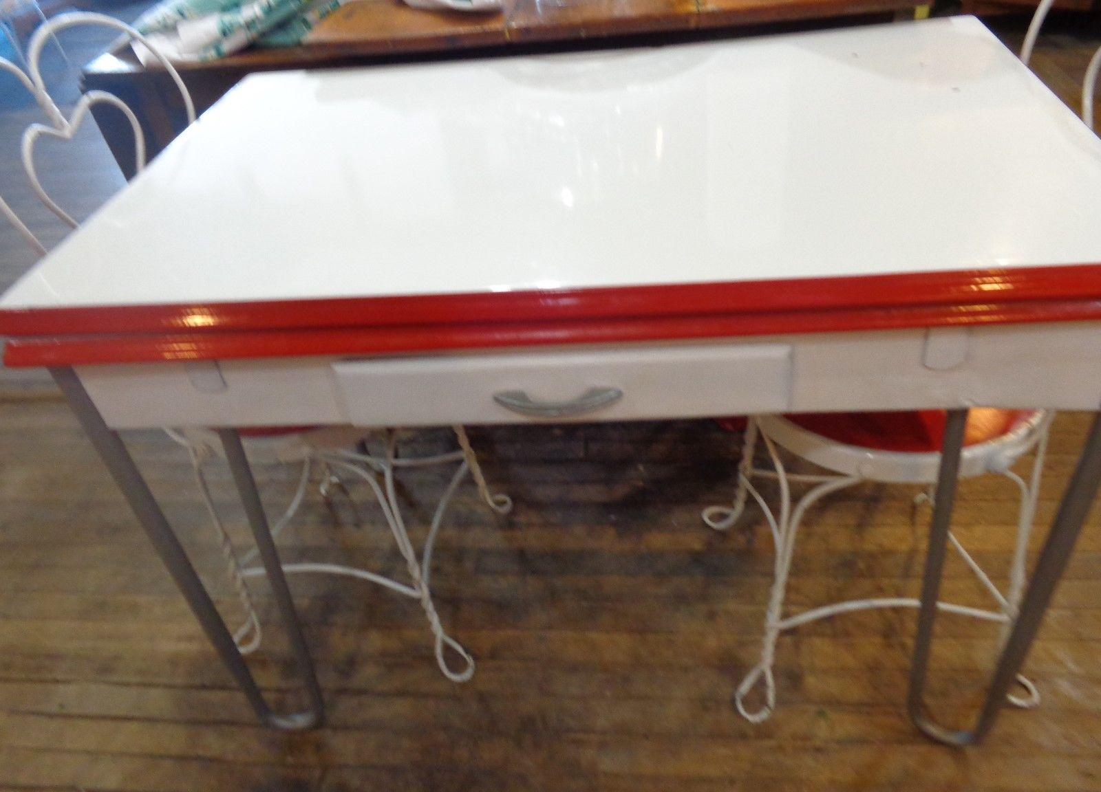 vintage porcelain kitchen tables photo - 8