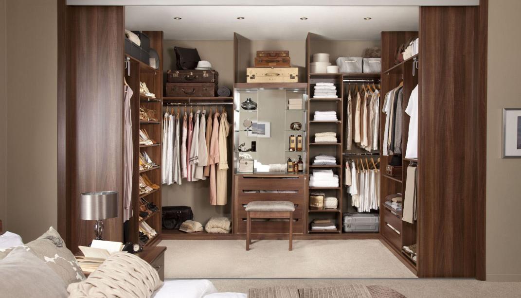 walk in closet design for men photo - 7