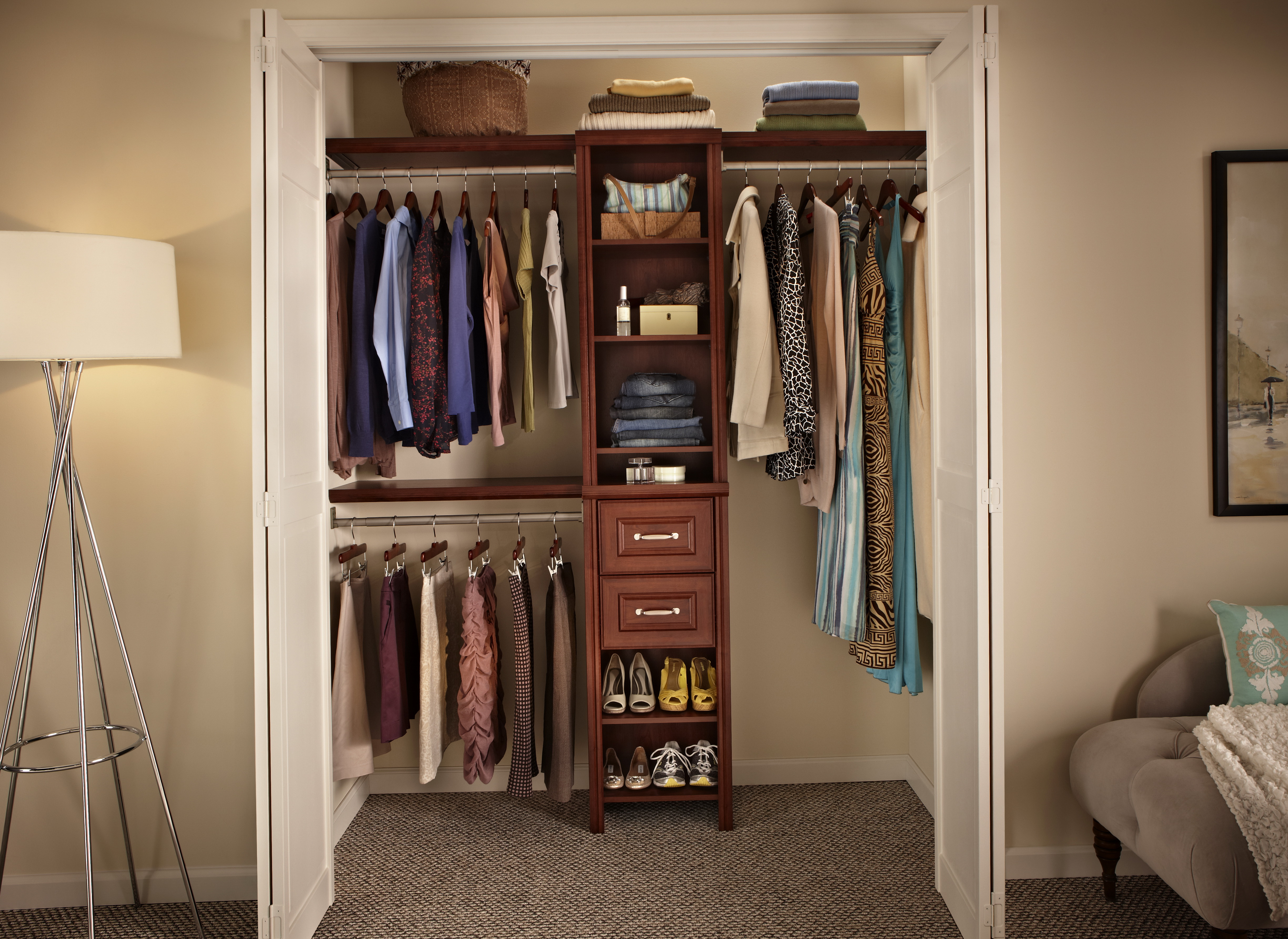 walk in closet design for small spaces photo - 3