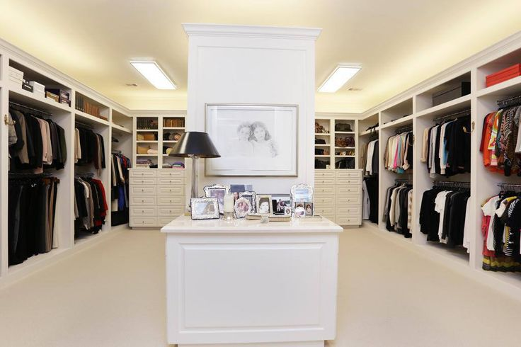 Walk In Closet Designs For A Master Bedroom Photo   7