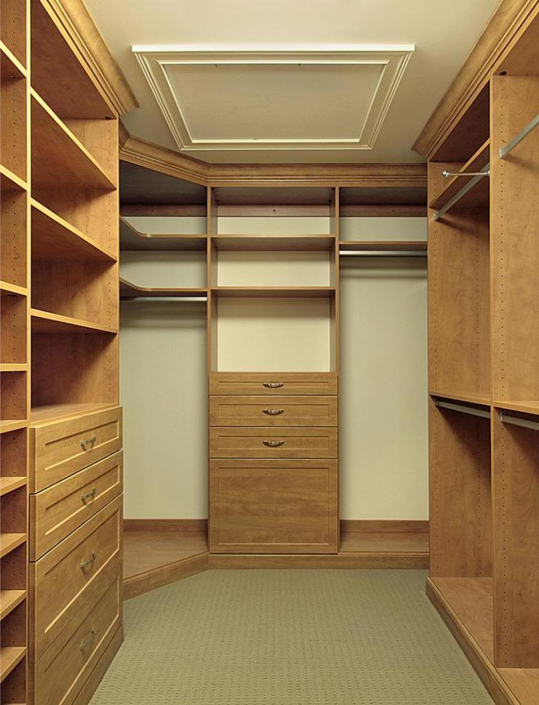 walk in closet designs for a master bedroom photo - 8