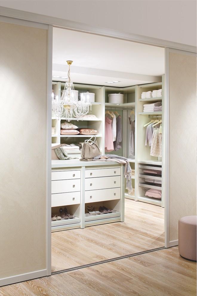 walk in closet designs plans photo - 4
