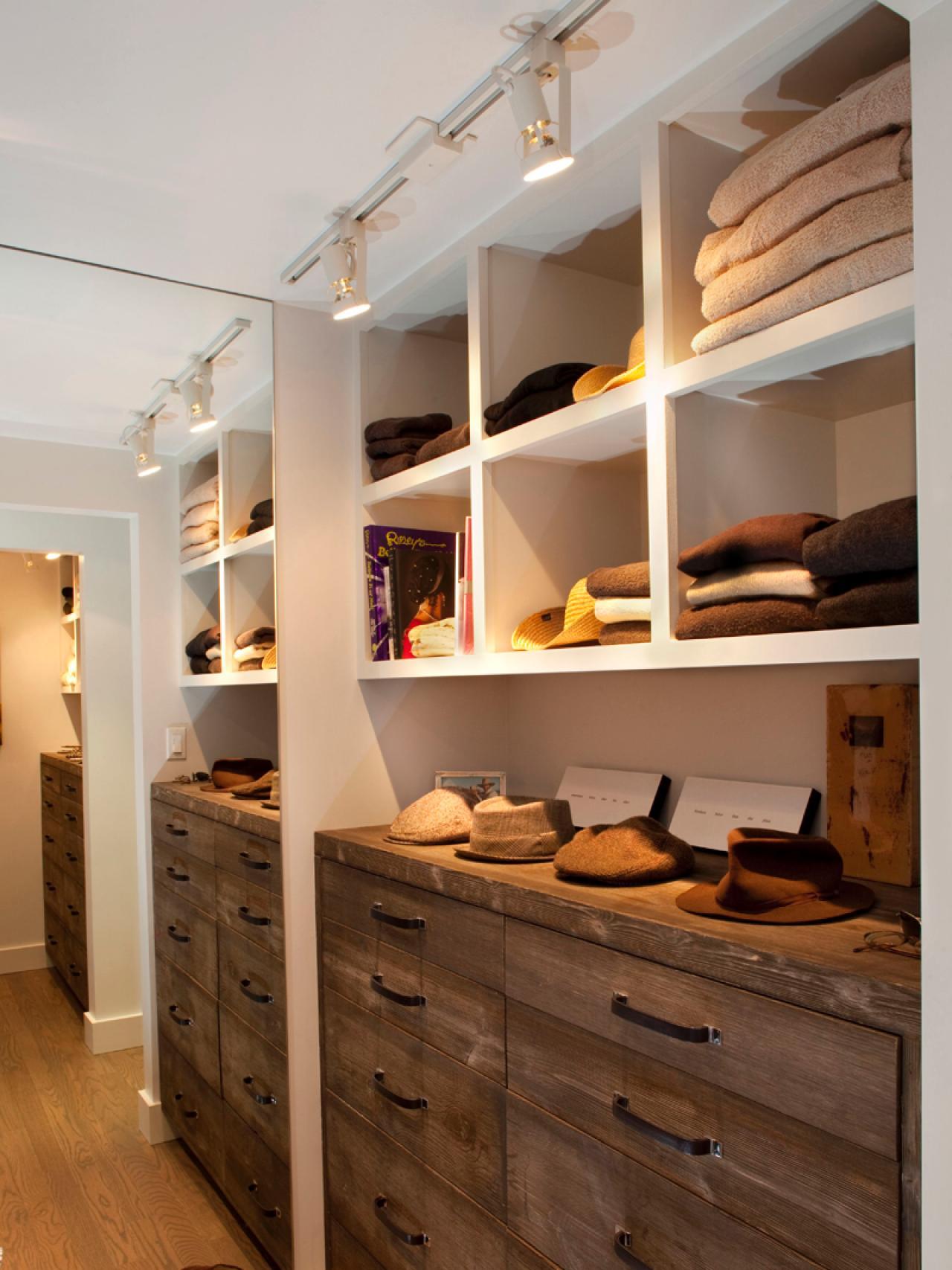 walk-in closet lighting design photo - 2