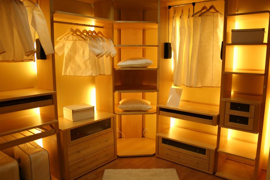 walk-in closet lighting design photo - 6