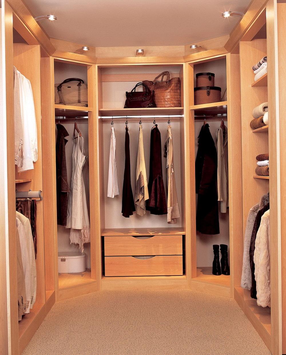 walk-in closet lighting design photo - 9