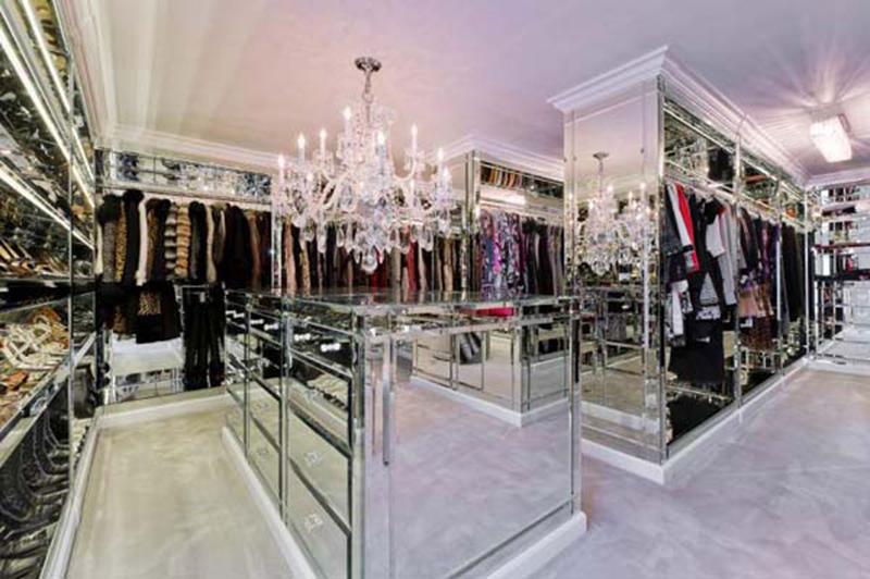 walk in closet luxury design photo - 5